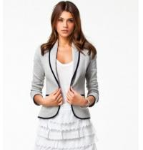 China Women Fashion Women's Slim Short Design Turn-down Collar Blazer Grey Short Coat Jacket on sale
