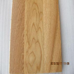 Buy cheap 4mm Toplayer Heating System 3 Strip Oak Wood Flooring/Oak Wood Engineered Flooring (EO-14) product