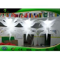 Buy cheap Oxford Cloth Star Shaped Inflatable Lighting Decoration With Inside Blower product