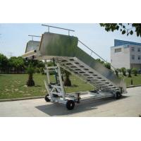 Non Slip Aircraft Passenger Stairs Commercial Chassis Easy Maintenance