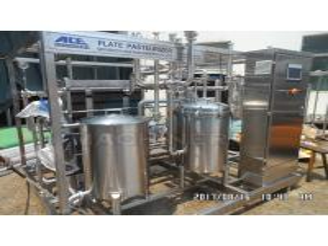 Buy cheap Type 1000L Fruit Juice Continuous Plate Pasteurizer Sterilization Machine Plate UHT Sterilizer product