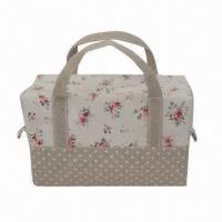 Buy cheap Cosmestic Bag with Canvas Material, Fashionable, with Zipper and Many Pocket, Convenient to Use product
