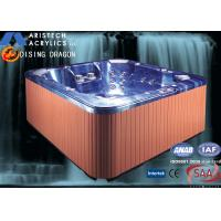 Portable Acrylic Massage Outdoor Bathtubs with 1 Cooling Seat, 1220 Liters Water
