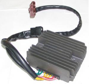 Buy cheap Voltage Regulator Rectifier For Piaggio , 584533 Mp3 Gilera Nexus 125 6 Volt Regulator Rectifier product