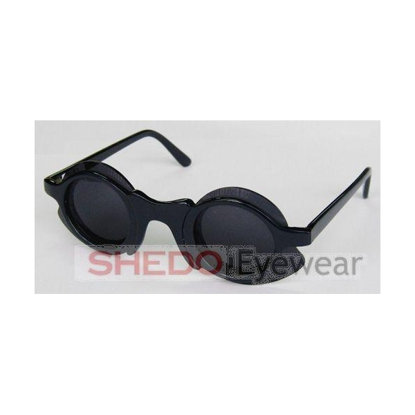 where are ray ban glasses made  reading glasses
