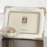 Baby in Angels Wings 4 x 6 Photo Frame