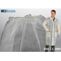 Wholesale inexpensive disposable white lab coats 2 pockets package service supply